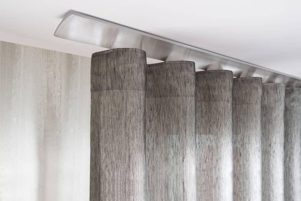 Aste e binari per tende walter schrott arredamento interni a merano bz alto adige italia - Aste per tende finestre ...